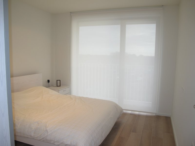 ruime slaapkamer met veel lichtinval. Dit kan uw appartement worden.